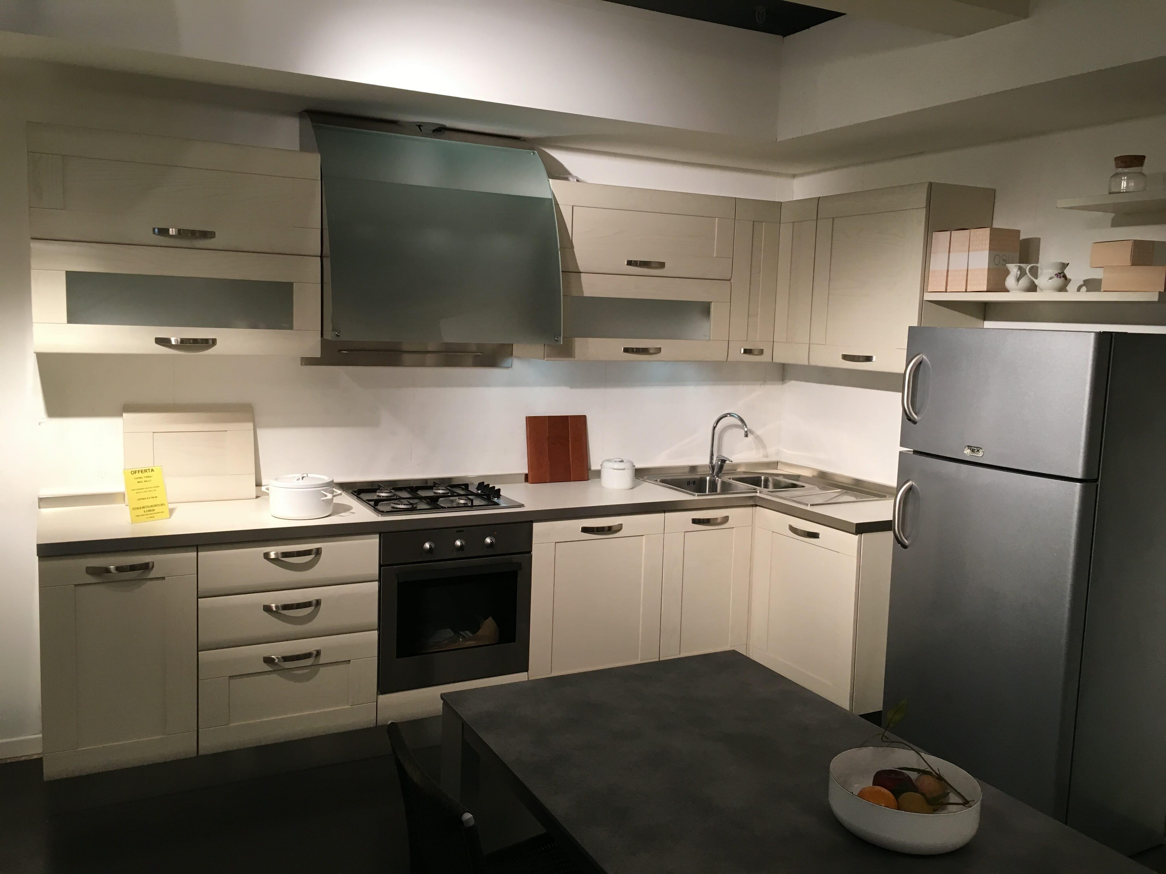 "Cucina ""FEBAL"" MOD. KELLY | Colombo Arredamenti"